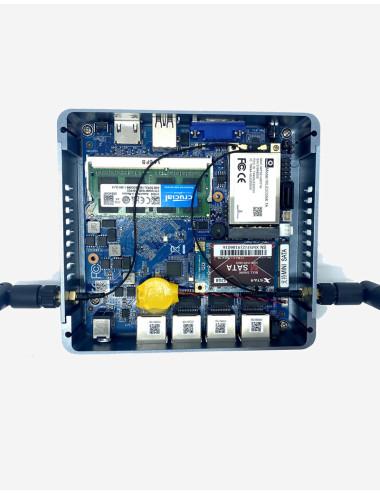 Synology DS418 Serveur NAS vue 3/4 gauche